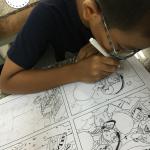 bé vui học vẽ