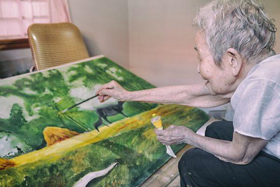 Cụ bà Lê Thi và tranh vẽ
