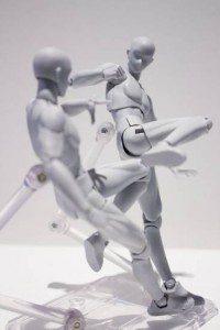 S.H.Figuarts-figure-male-kicking