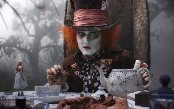 Alice Through The Looking Glass-6