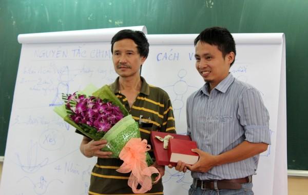 Giao lưu cùng họa sĩ Nguyễn Đức Hòa