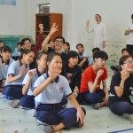 học viên Viện Truyện tranh và Hoạt hình tại trường khuyết tật Nhân Ái 5