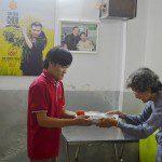 học viên Viện Truyện tranh và Hoạt hình tham gia từ thiện trong chuyến thực tế nhiếp ảnh 2