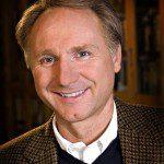 các tác giả có thu nhập cao nhất năm 2015 Dan Brown