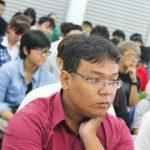 lắng nghe chia sẻ của giảng viên tại lễ khai giảng Viện Truyện tranh và Hoạt hình 1
