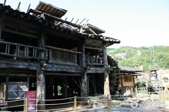 phim trường Hàn Quốc làng Goguryeo Daejanggan