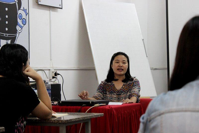 biên kịch Hạnh Ngộ giảng dạy tại CMA