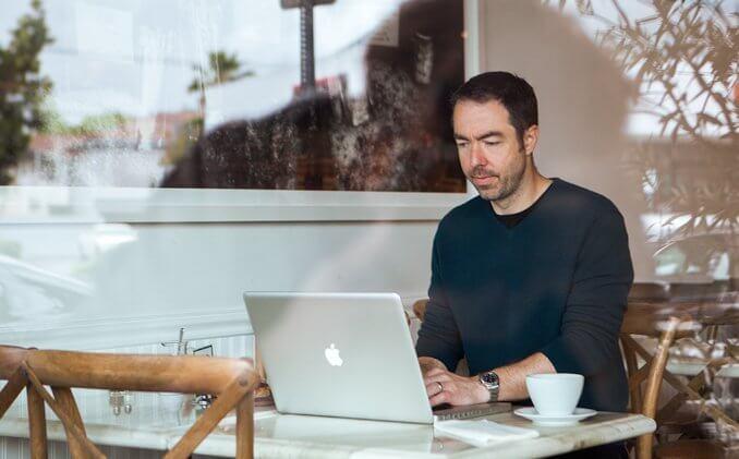 Biên kịch Chris Morgan gắn liền với series phim Fast And Furious