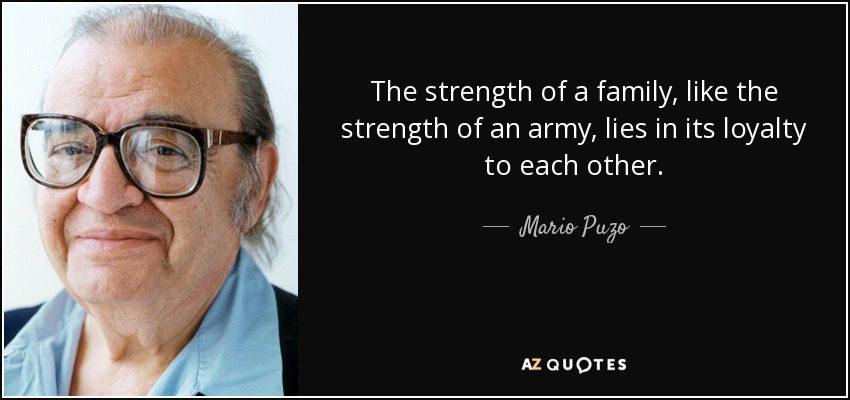Biên kịch Mario Puzo chuyển thể thành công tiểu thuyết Bố già của mình thành phim