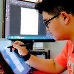 Học viên ngành hoạt hình CMA thực hiện bài vẽ trên máy 2