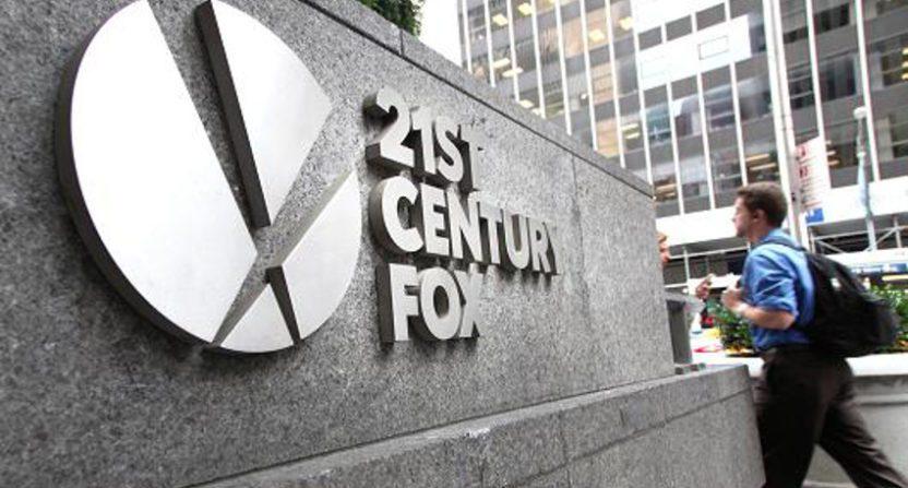 21st Century Fox sẽ sớm về cùng một nhà với Disney