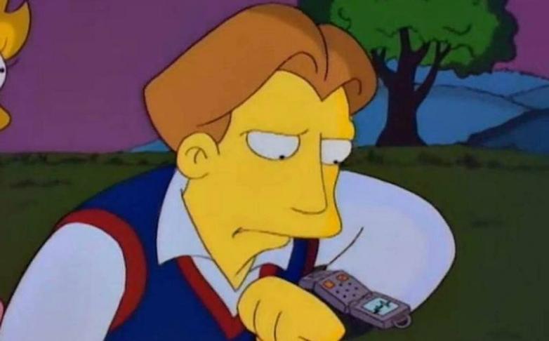 Đồng hồ thông minh The Simpson